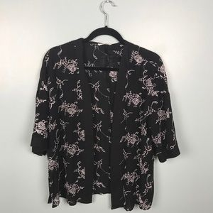 Tops - Black and White Short Sleeve Embroidered Kimono